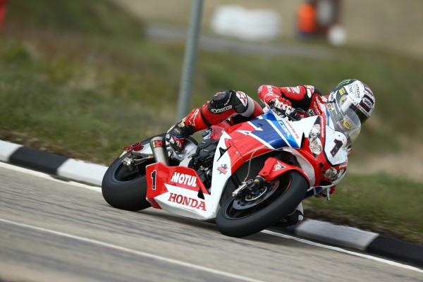 Honda wybrała Dunlopa na sezon 2016 w wyścigach długodystansowych i drogowych (2)