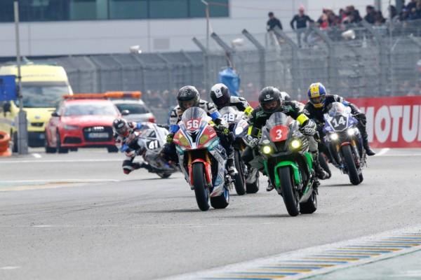 Udany weekend zmagań dla zespołów Dunlopa na torze Le Mans (3) — kopia