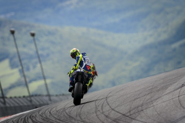 0724_MotoGP_Rossi_action
