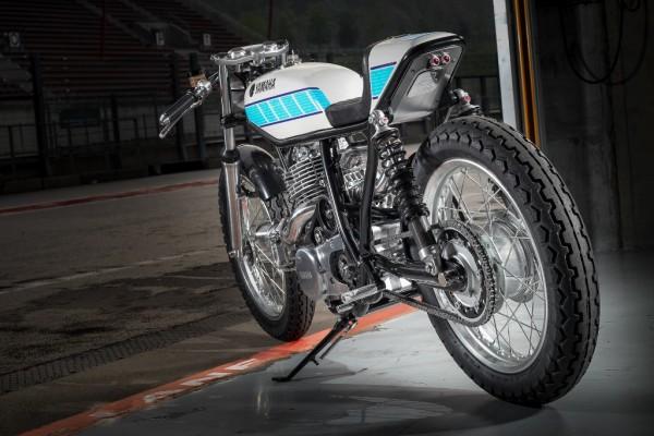 Motocyklowe dzieło sztuki pojedzie na oponach Dunlop_2