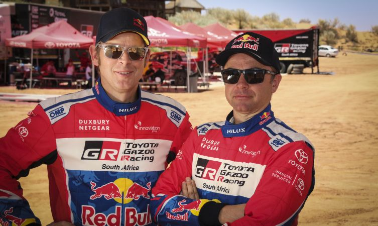 2017_dakar_rally_drivers_car_302
