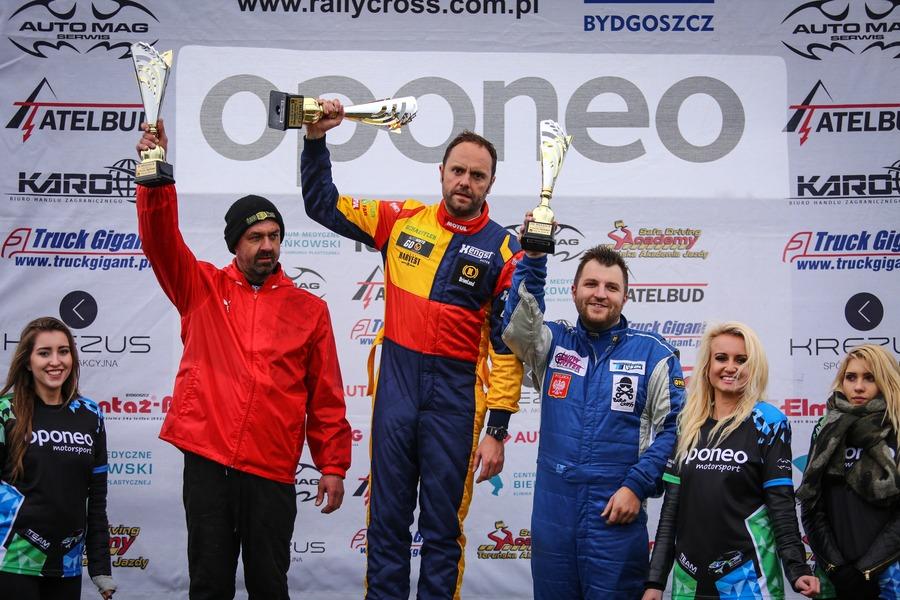 podium_supercars_2runda_mprc_07_05_2017