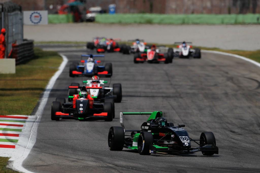 Foto -- Formula Renault NEC