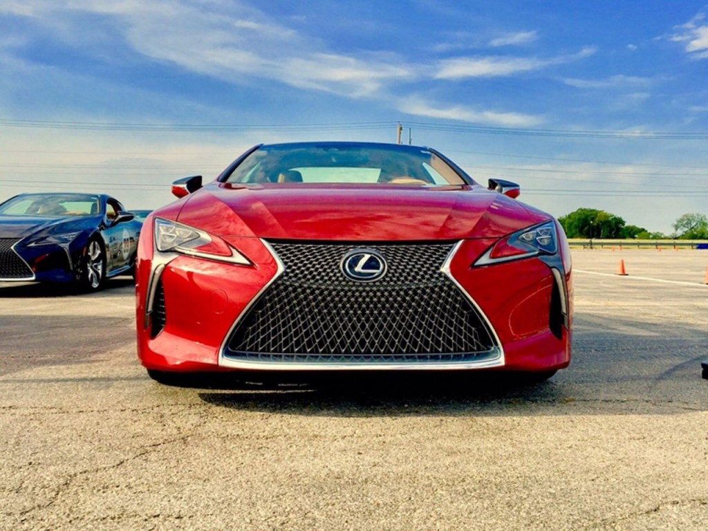 lexus_performance_driving_school