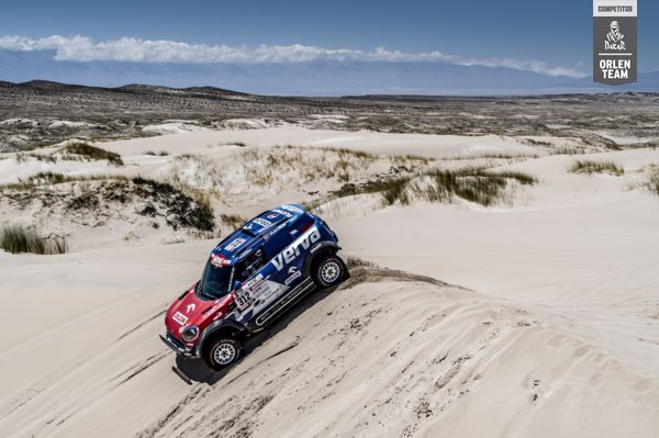 Dakar2018 D10 ORLEN_Team Przygonski MCH_Photo_3_smal_OT