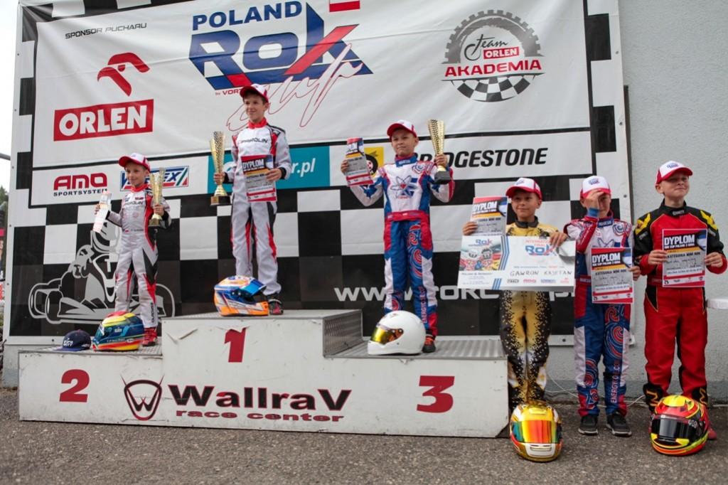 podium_mini